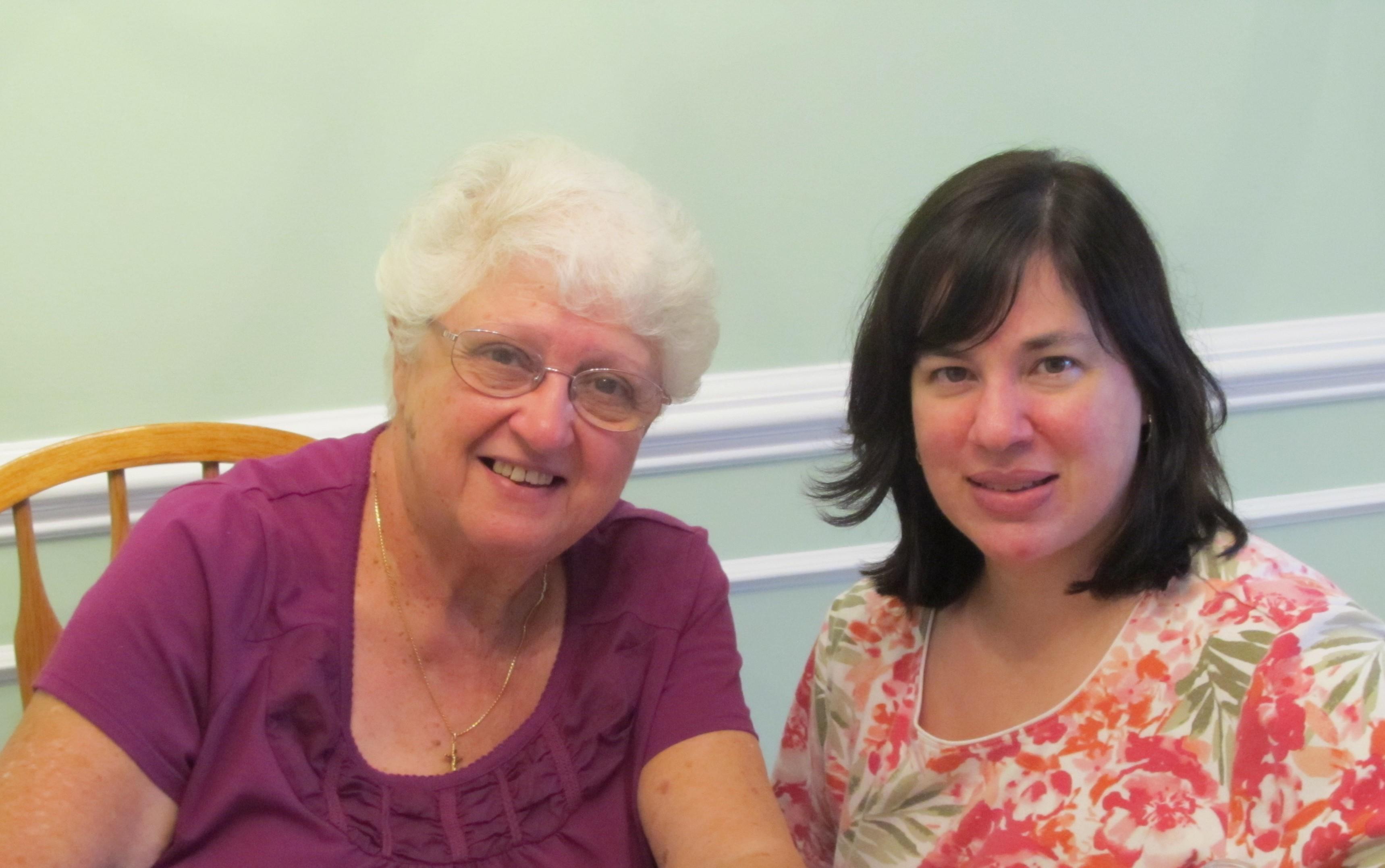 2_Aunt, Zia, Maria Moore and niece, Lori Pastro, visiting_IMG_0411 (2).JPG