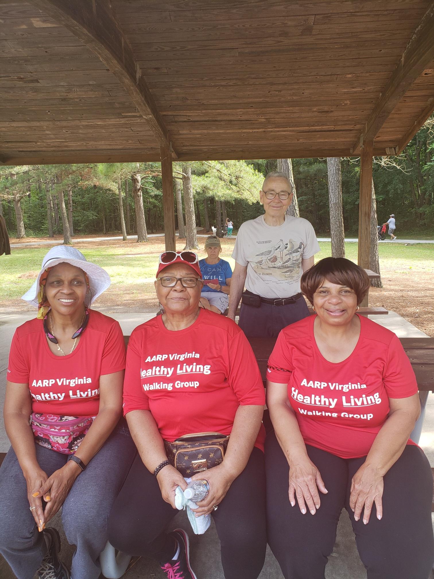 Hampton Roads Walking Group/HR_WalkingGroup 22.jpg