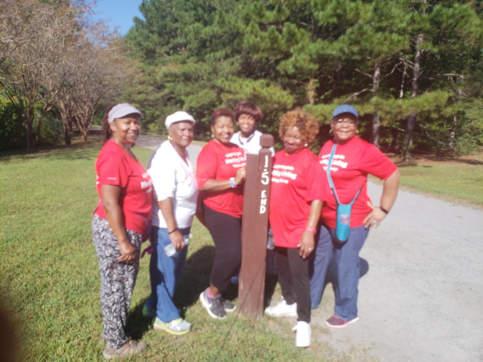 Hampton Roads Walking Group/HR_WalkingGroup 5.jpg