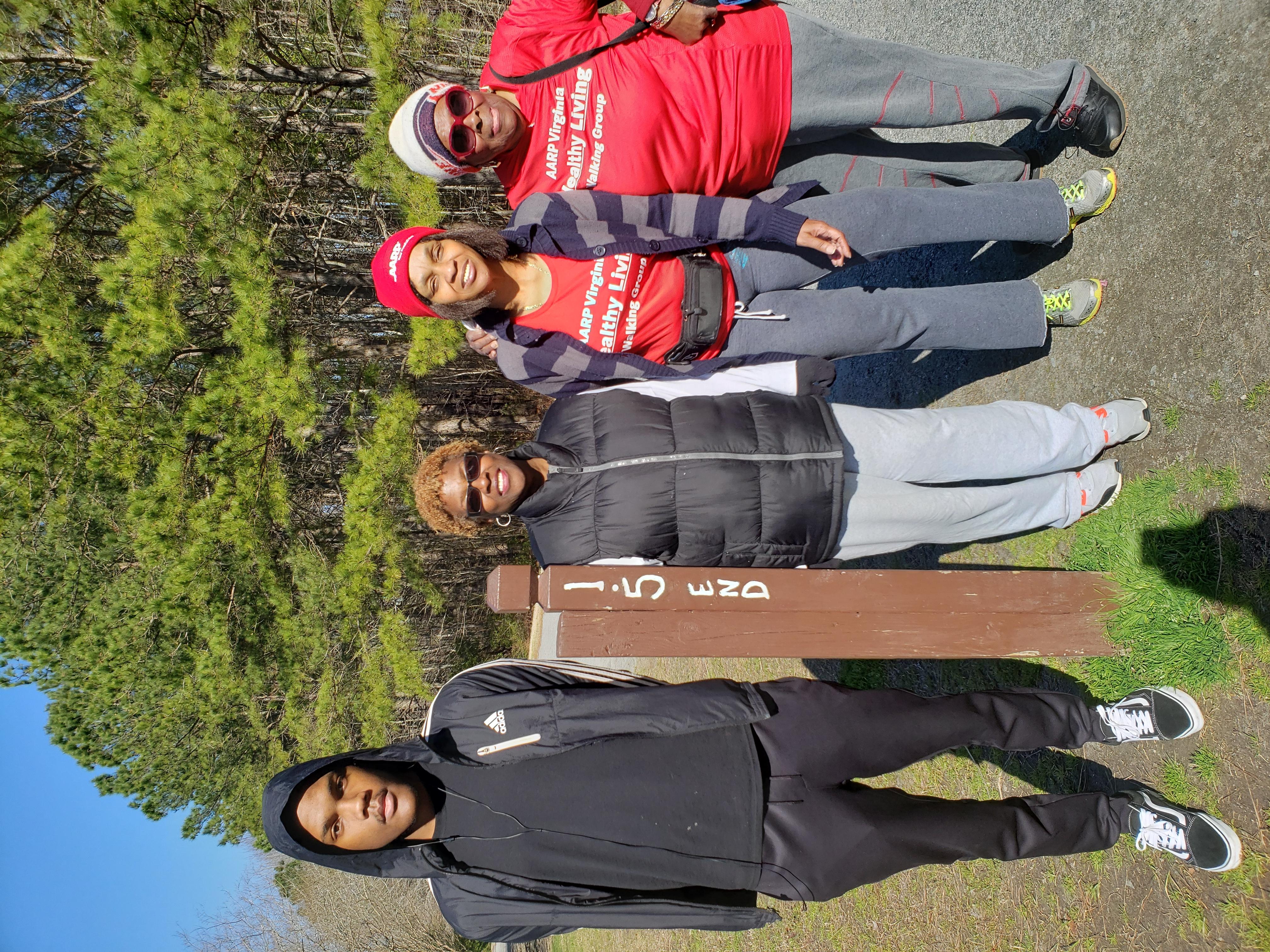 Hampton Roads Walking Group/HR_WalkingGroup 15.jpg