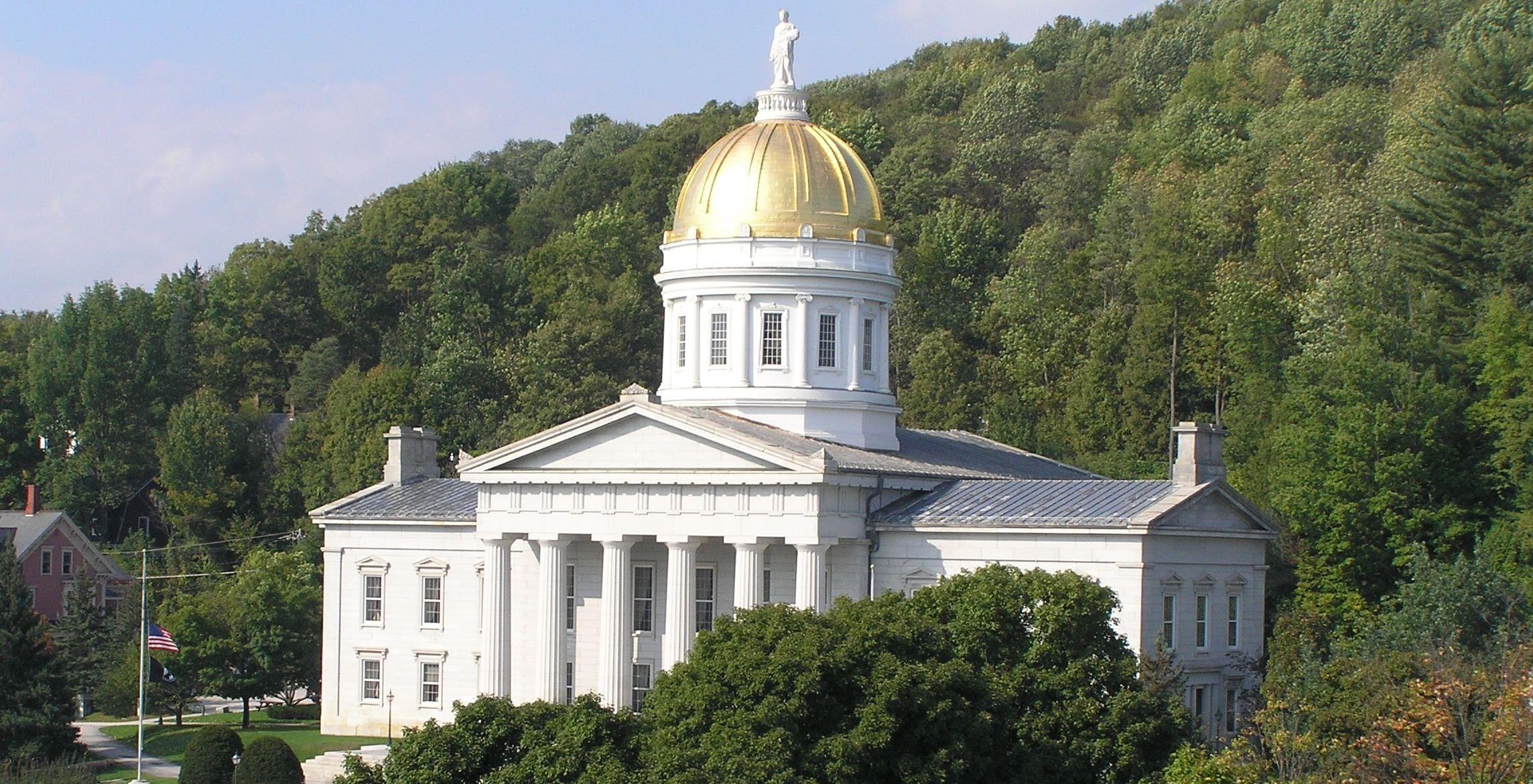 statehouse cropped1 (2).jpg