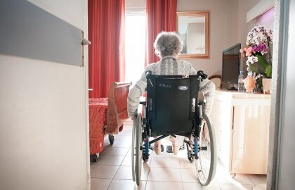 Analysis: Rate of COVID-19 Deaths and Cases in Nursing Homes Has Skyrocketed, Staffing Remains Depleted