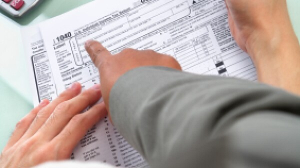 Guiding people to fill tax form