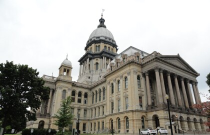Volunteer to Advocate at the Illinois Capitol
