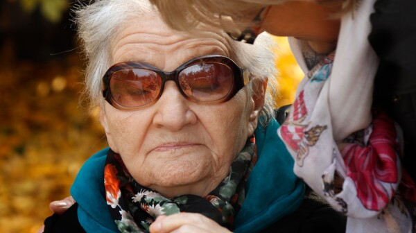 Assistance to elderly people
