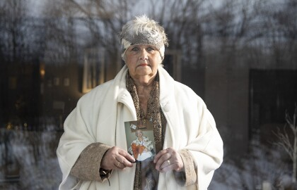 More Visitation Options, Protections Needed at Minnesota Nursing Homes