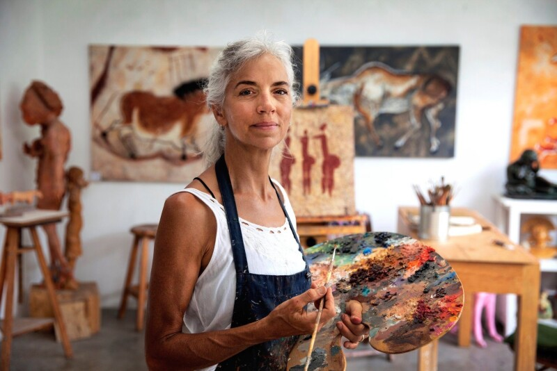 Woman painting 1.jpg