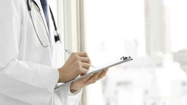 physician_marytritsch_500,000