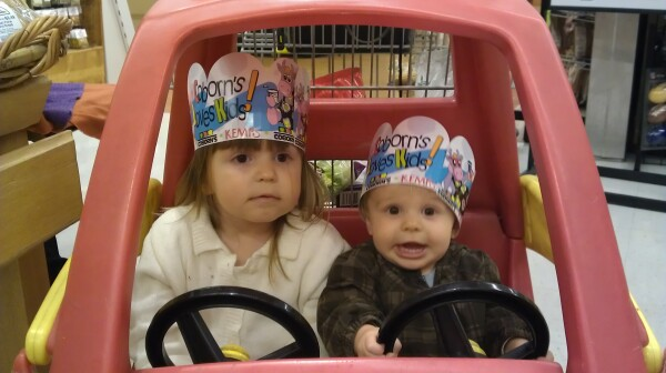 Children shopping grandchildren