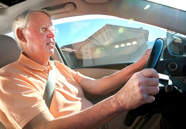 620-May-2015-AZ-driver-Hal-Dieterle