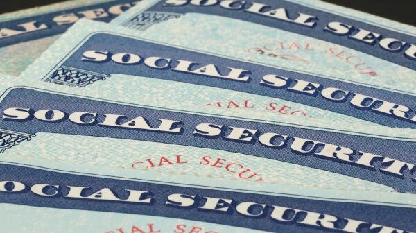 1140-social-security-election-issue.imgcache.rev4ab602b3a69ea67c8b04d20112101117.web.600.342.jpg
