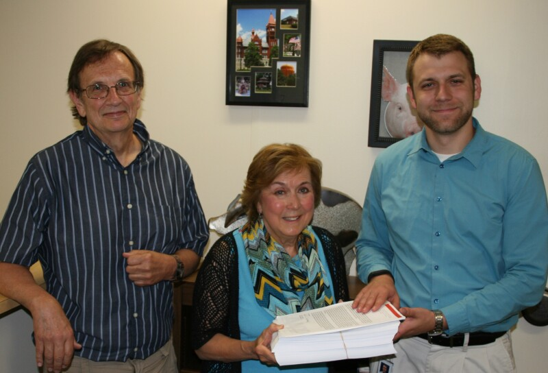 Closing the Loophole Petition Delivery Sen. Ernst Office