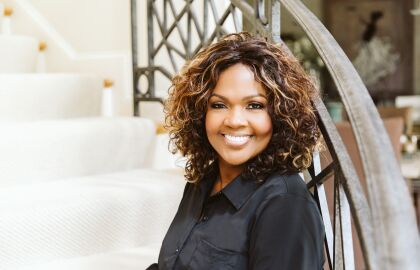 'Couch Concert' with CeCe Winans Honors Caregivers