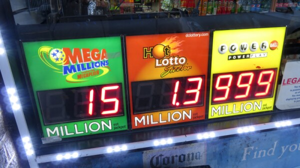 Powerball lottery_Coast-to-Coast_iStock_000083125765_Small
