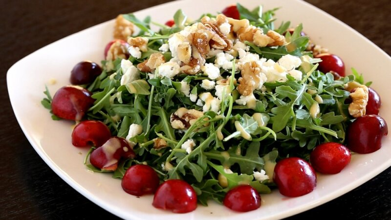 1140-arugula-cherry-salad.imgcache.rev.web.1000.575.jpg