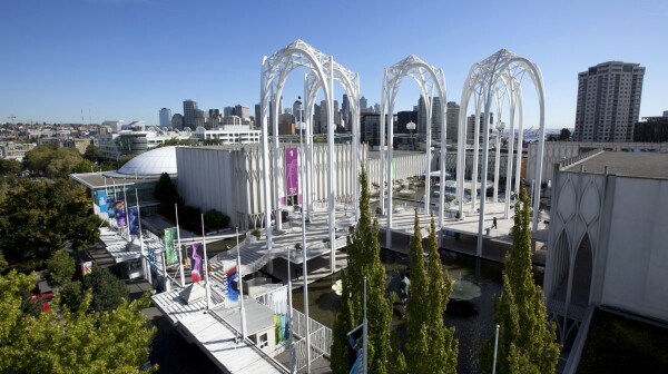 Pacific_Science_Center-monument