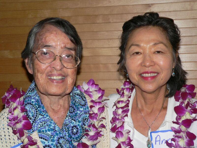 Sister Julia McCain and Ann Okamoto volunteer