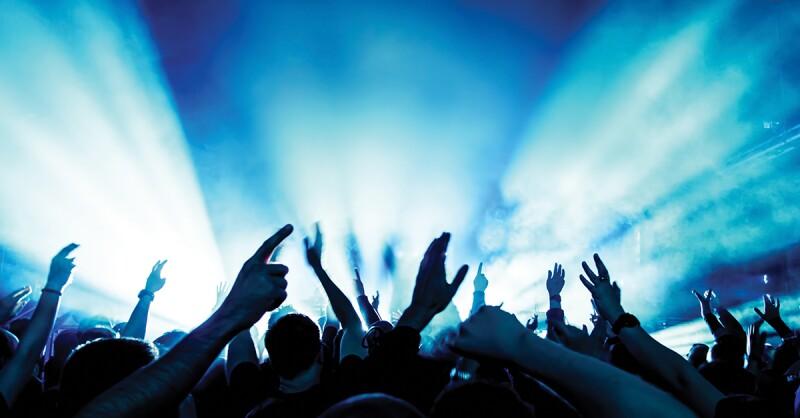 AARP_StageArtist_crowd