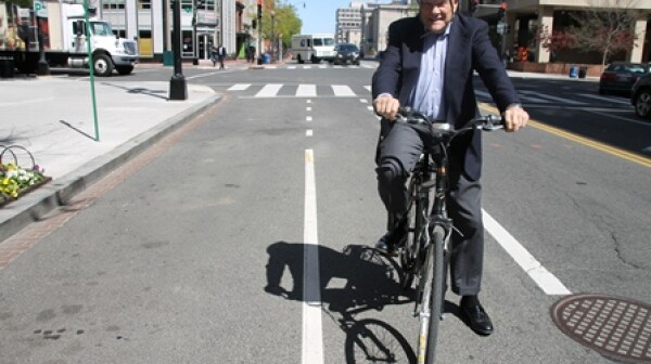 Ron Swanda in Bike Lane at 6th & E Sts, NW #1-resized