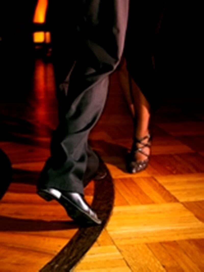 Dancing/Bailando
