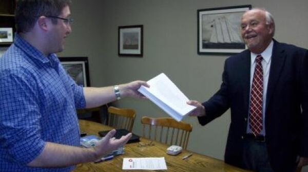 Gordon Mathieson_petitions_Congressman Keating office_cmp