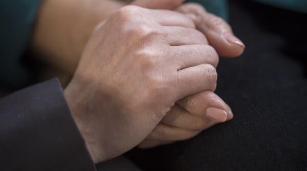 Hands_4_cropped.jpg