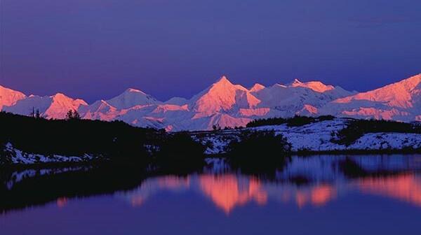 Alaskan Range by Charles Sleicher