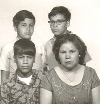 Joe, his mother and brothers in Iowa