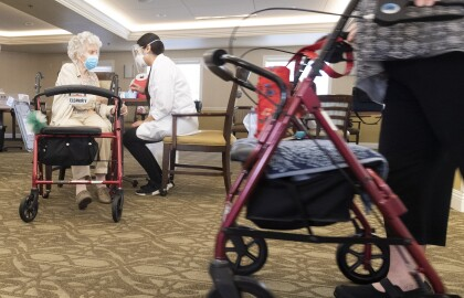 Only 2 in 5 Florida Nursing Home Workers Vaccinated Against COVID-19