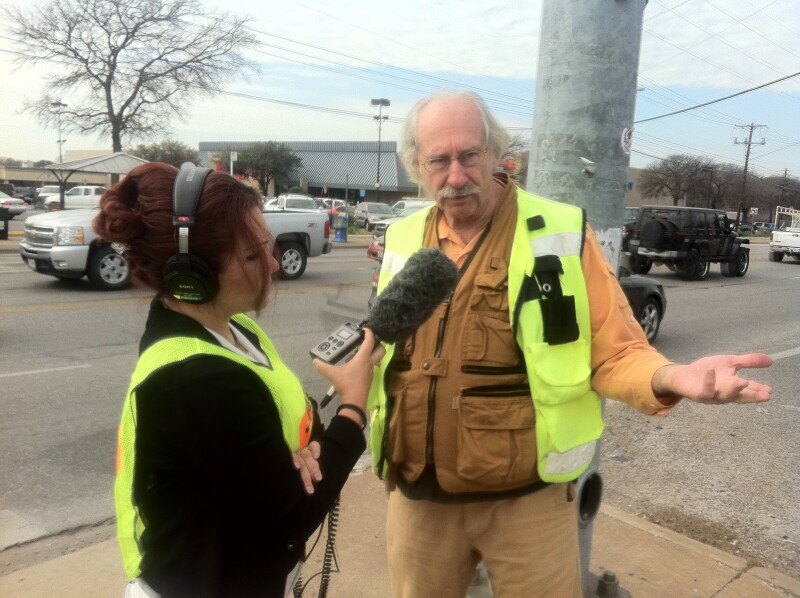 Walkability expert Dan Burden talks to KUT reporter Joy Diaz