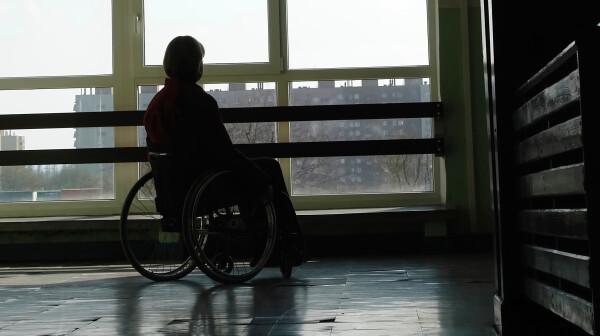 Wheelchair in Shadow iStock pryzmat