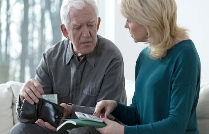 Elder financial abuse photo