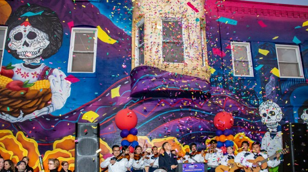 AARP Chicago Commissions Mural For Pilsen's Nuevo León Restaurant Building