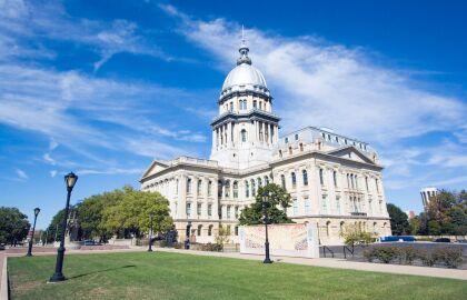 AARP Illinois commends state legislators for passing the Predatory Loan Prevention Act