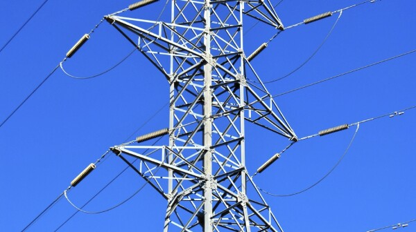 01.13.16 Electric tower iStock_000036348444_Medium