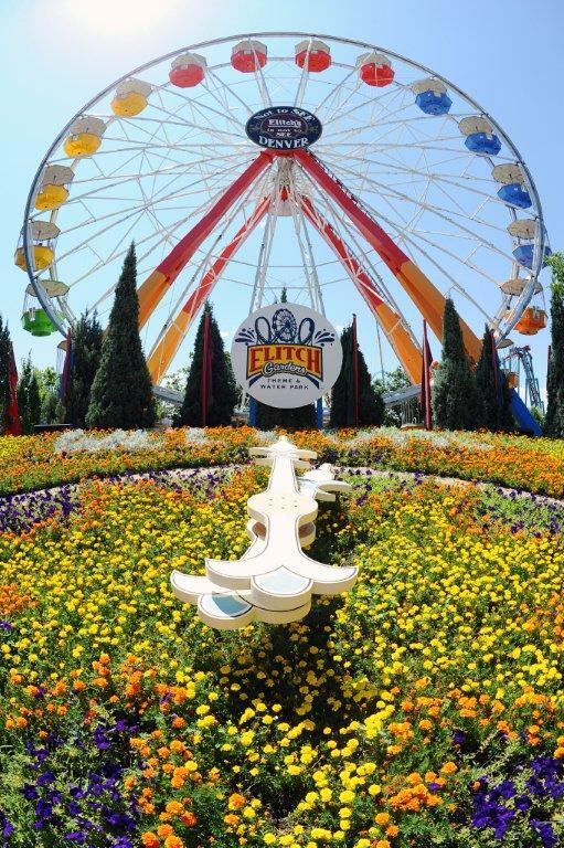 8.10.11_Elitch_Gardens_Big_Wheel_with_historic_clock_garden_008