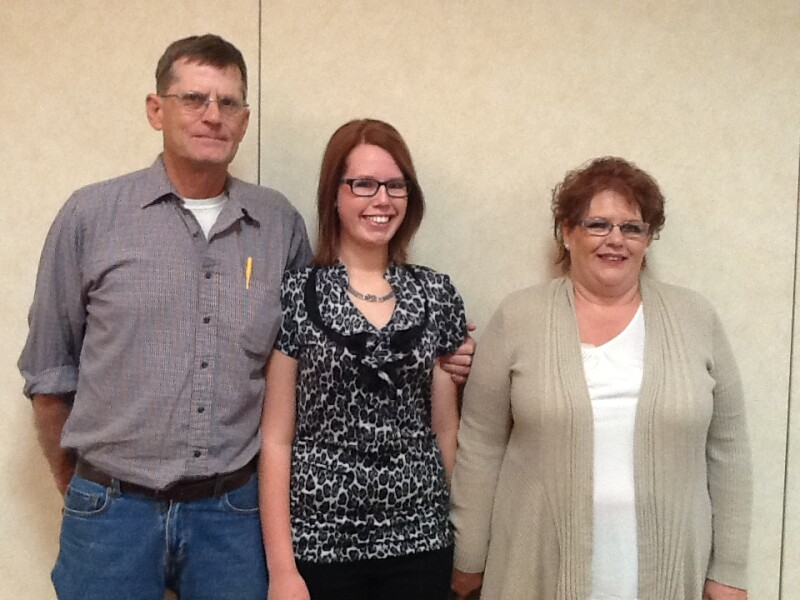 Emily Severinson with parents