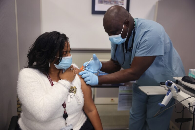 Chicago's Roseland Community Hospital Administers Covid Vaccinations To Hospital Staff