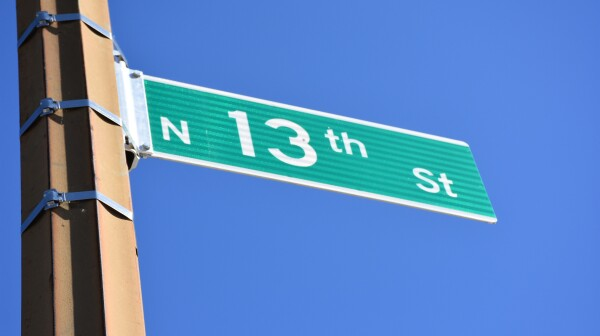 13th Street Sign