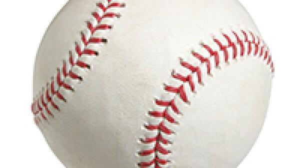 Baseball-istock-Willard-NLsize